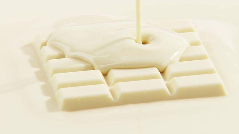 Из чего делают белый шоколад.