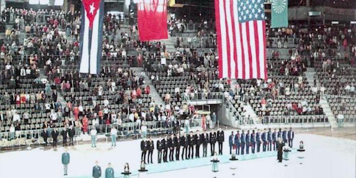 Церемония награждения олимпийской сборной СССР по баскетболу 1972 год