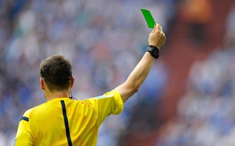 Зеленая карточка в футболе