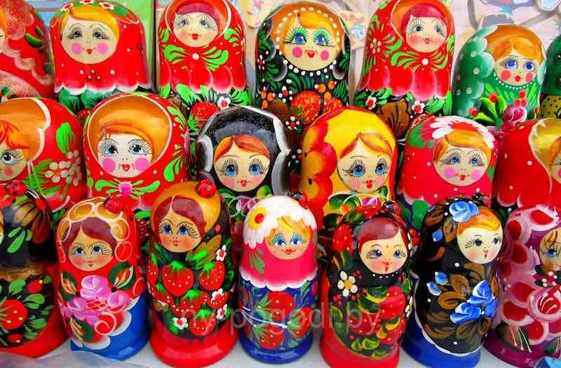Матрешка - русская кукла, родом из Японии.
