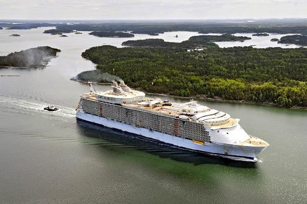 Самый большой круизный лайнер в мире 3