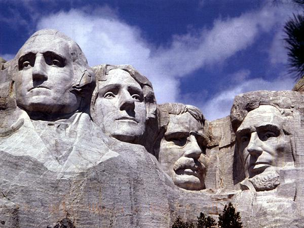 Гора Президентов в США.