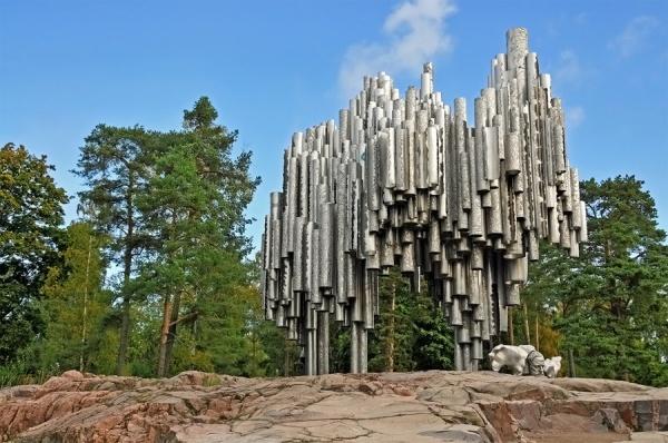 Самые абсурдные скульптуры в мире 17