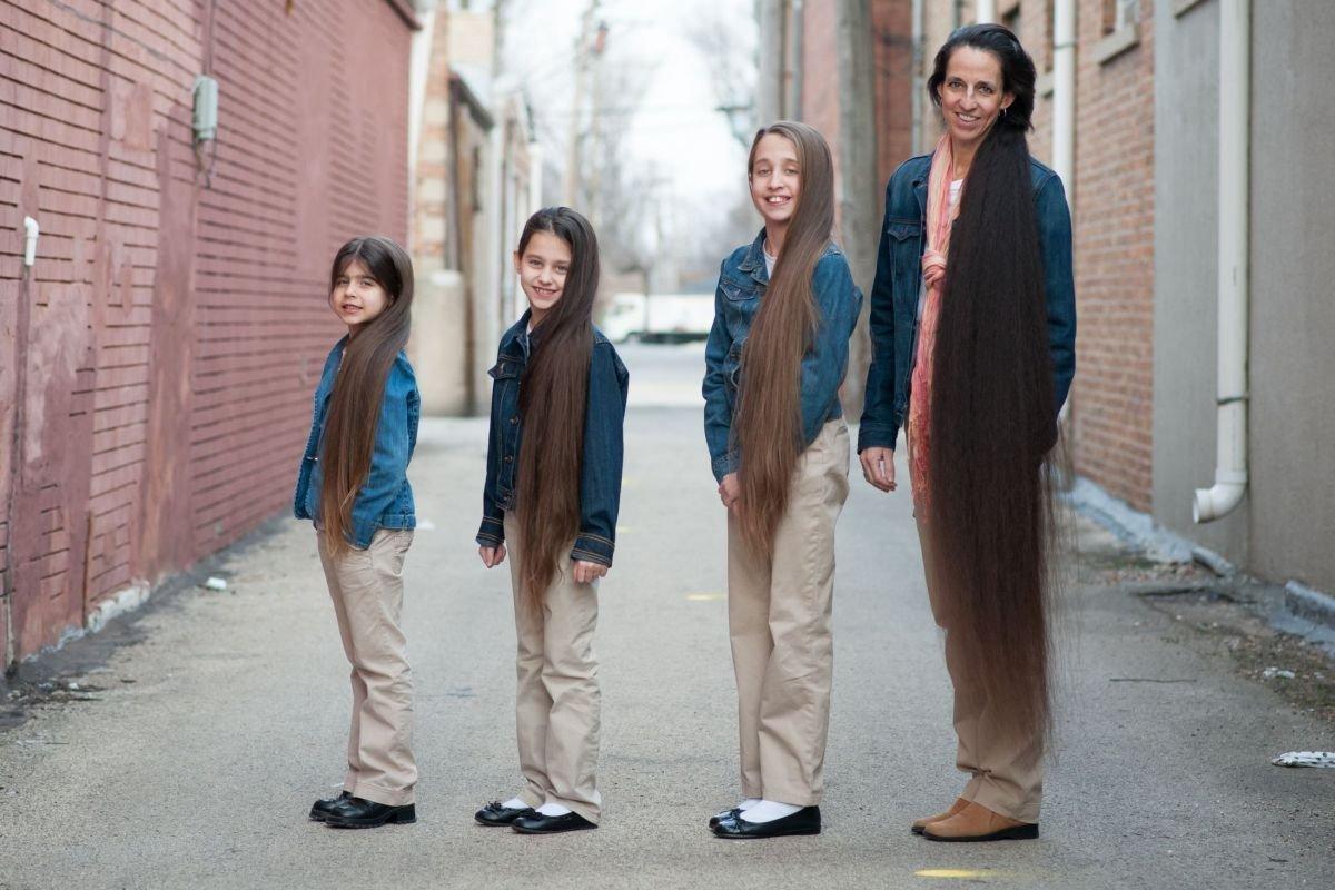 Самая длинноволосая семья в мире 9