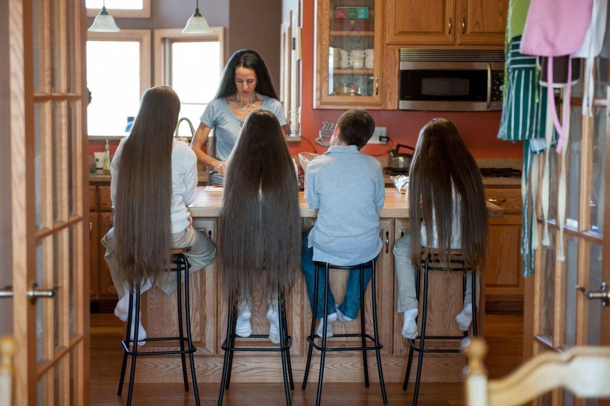 Самая длинноволосая семья в мире 3