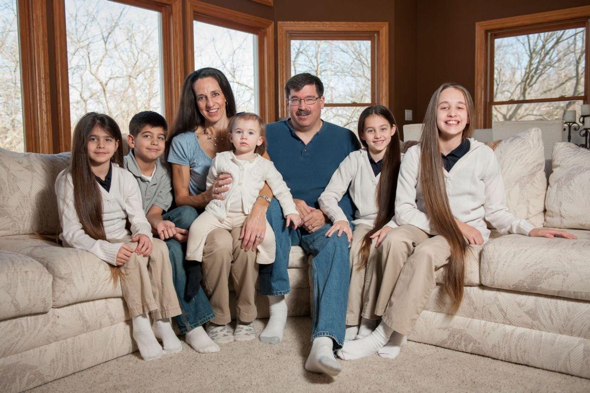 Самая длинноволосая семья в мире 5