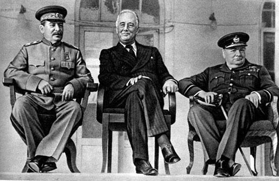Черчиль Сталин и Рузвельт.