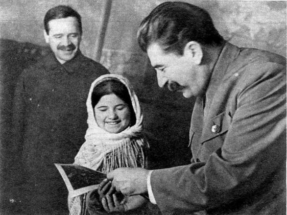 Мамлакат Нахангова и Сталин