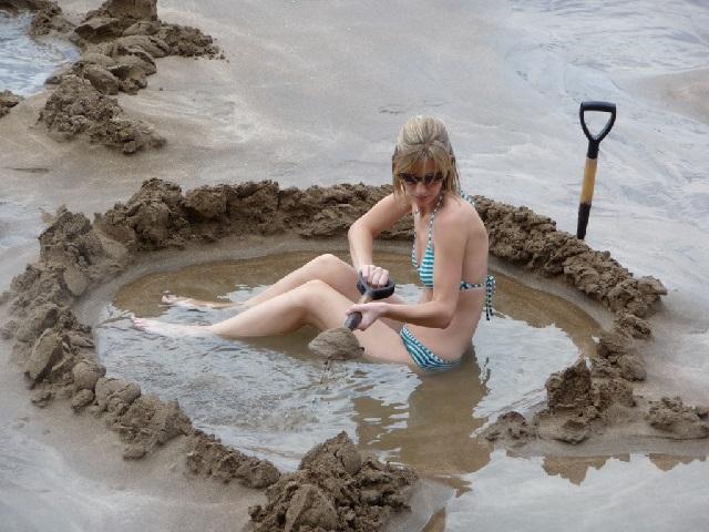 Пляж Hot water beach