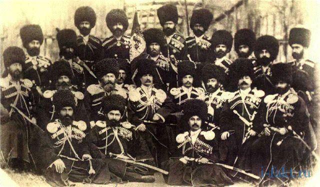 Дагестанцы в папахах