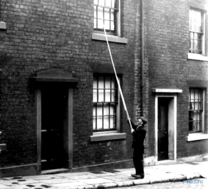 Профессия будильщиков в Англии 3