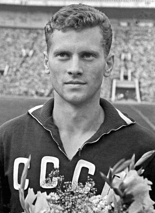 Легенда о черной повязке или как советский футболист убил обезьяну вратаря 2