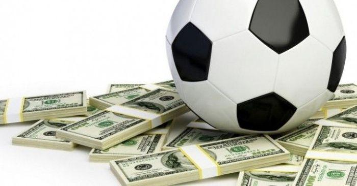 Какие зарплаты у футболистов