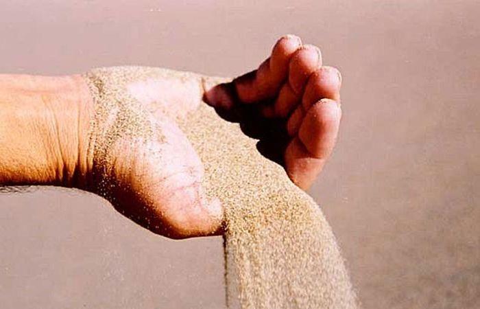 Песок сыпется - история и происхождение фразы 1