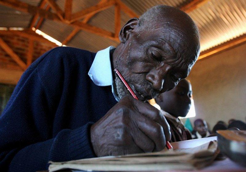 Кимани Мураге - самый пожилой школьник