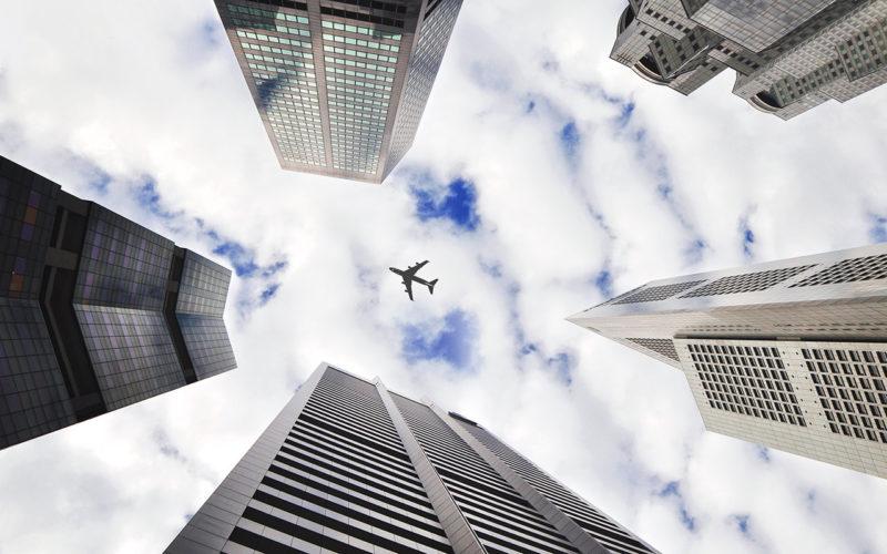 Почему пассажиры самолетов без парашютов