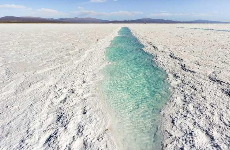 Почему моря и океаны соленые