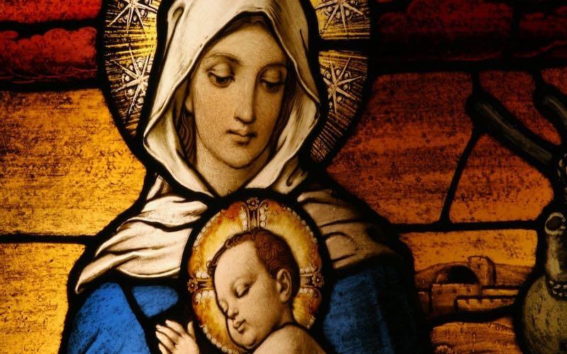 Праздник Марии — Царицы мира.