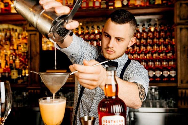 Интересные факты о барменах.