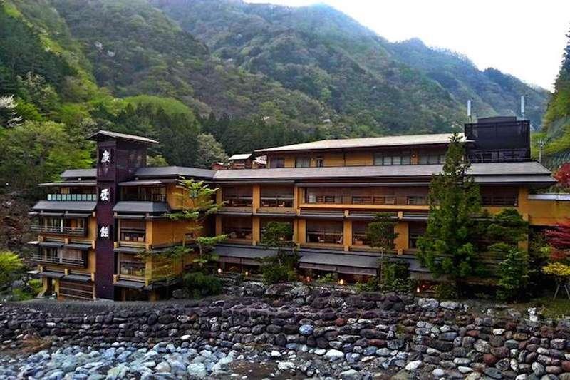 Самый старый отель в мире.