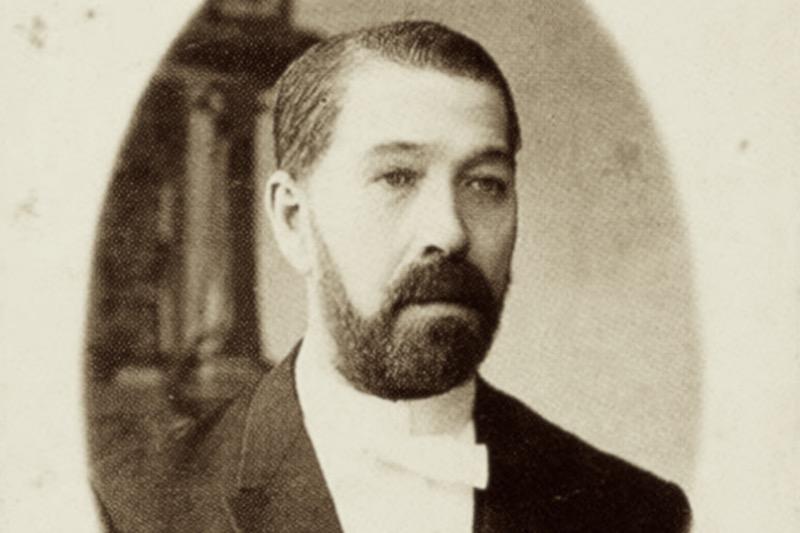 Петр Смирнов - биография водочного короля.