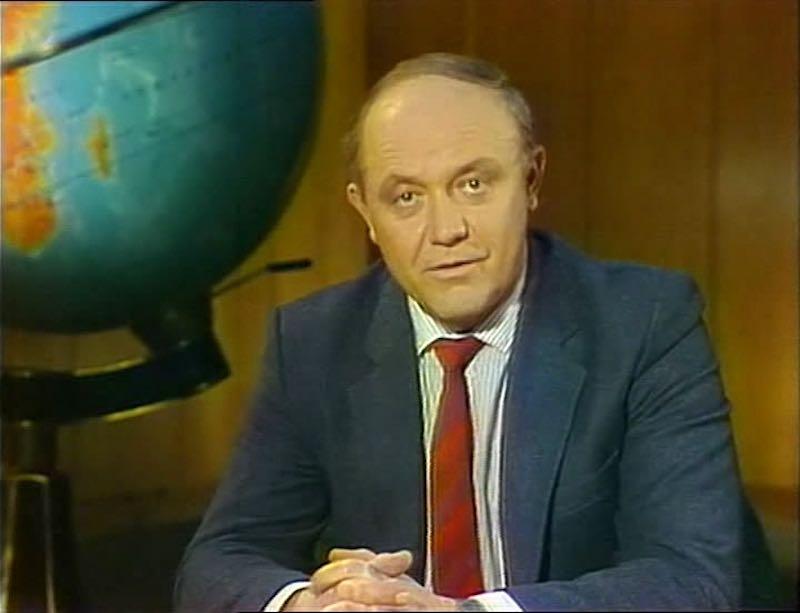 Биография Юрия Сенкевича.