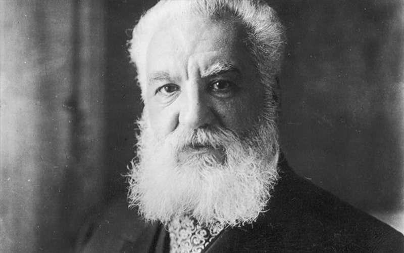 Александр Белл - изобретатель телефонной связи